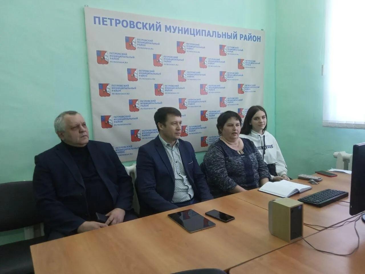 """Продолжается работа волонтёрских центров """"Единой России"""""""