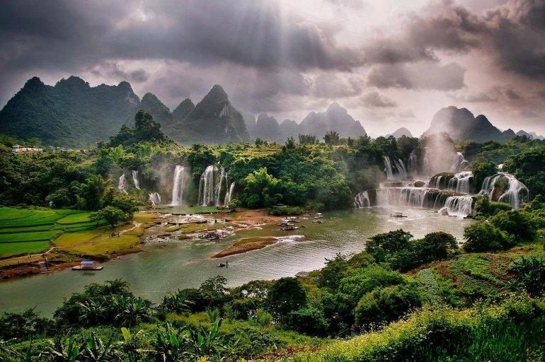 Интересные места нашей планеты Водопад Дэтянь (Вьетнам), изображение №3
