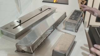 Как устроен топливный блок горелка механического  биокамина. Видео от магазина Биокамин.рф