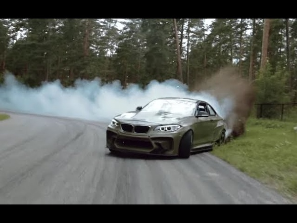 NEW BMW M5 refuel mid drift to take TWO GUINNESS WORLD RECORDS titles