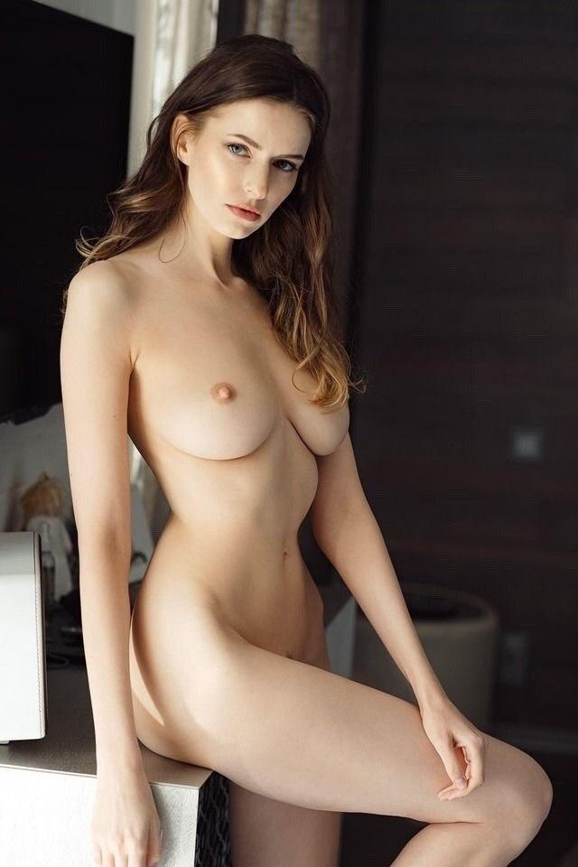 Big tits tranny masturbating till she cums