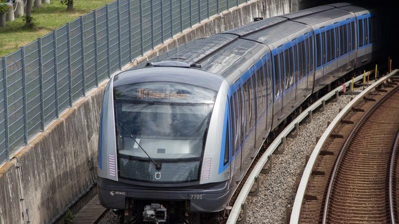 U Bahn München C2 Züge auf der U6 4K