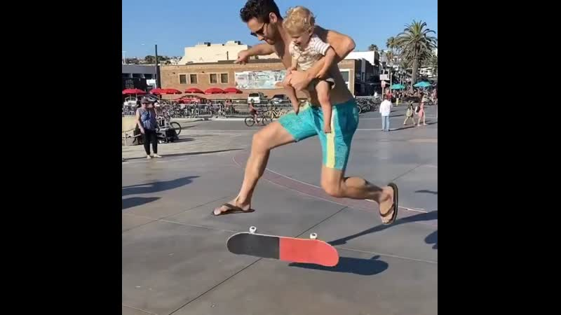 Shaunhover Wilson's first tre flip