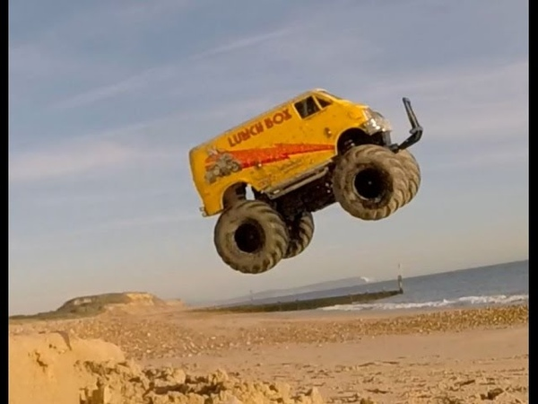 Tamiya Lunchbox Brushless Most Fun RC Beach Basher Ever 2S Lipo 3500kv RC Monster Truck