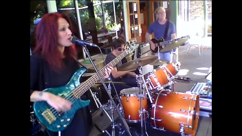 Rebecca Johnson band The time tide