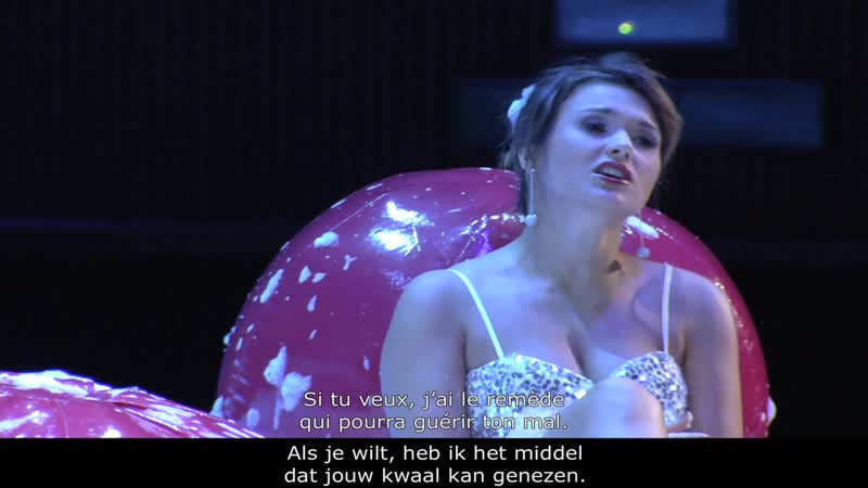 Доницетти Любовный напиток О Перетятько Д Корчак Театр La Monnaie 2015