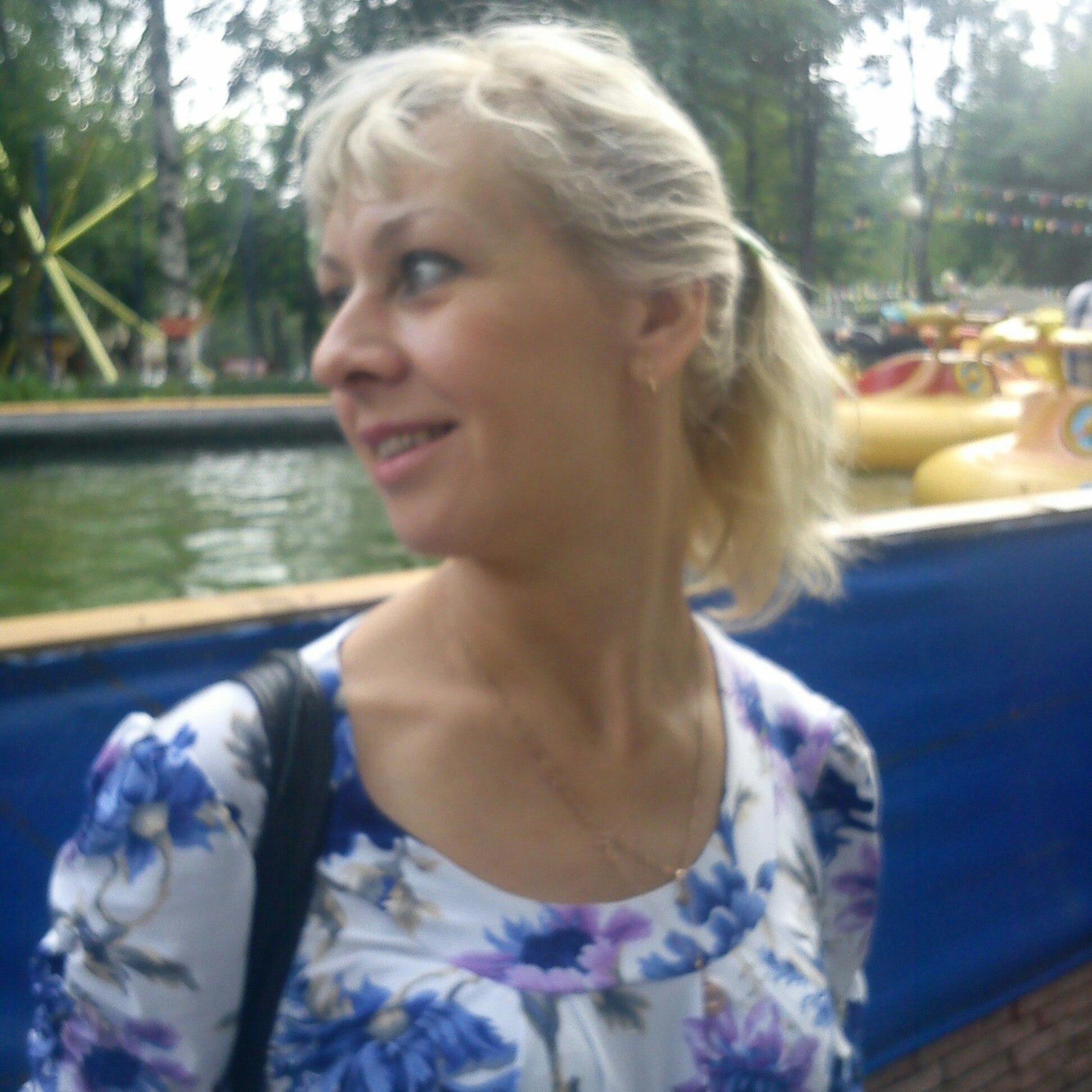 Larisa, 21, Volkhov