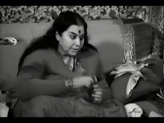 Shri Mataji singing  Sahastrara Puja, Paris   05 05 1982