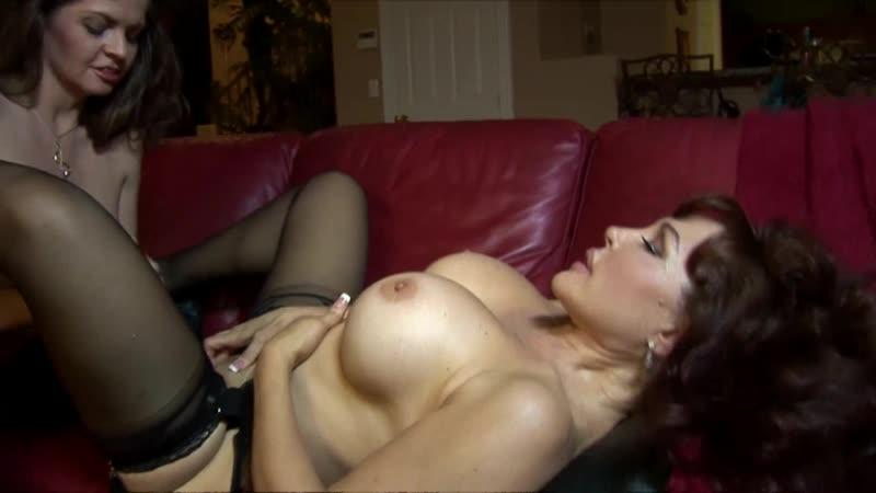 Sexy Vanessa Milf Lesbian