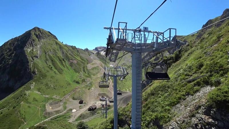 Канатная дорога ,Горная карусель в Горки Городе на Роза Хутор, Сочи, Подъем на высоту 2350 м