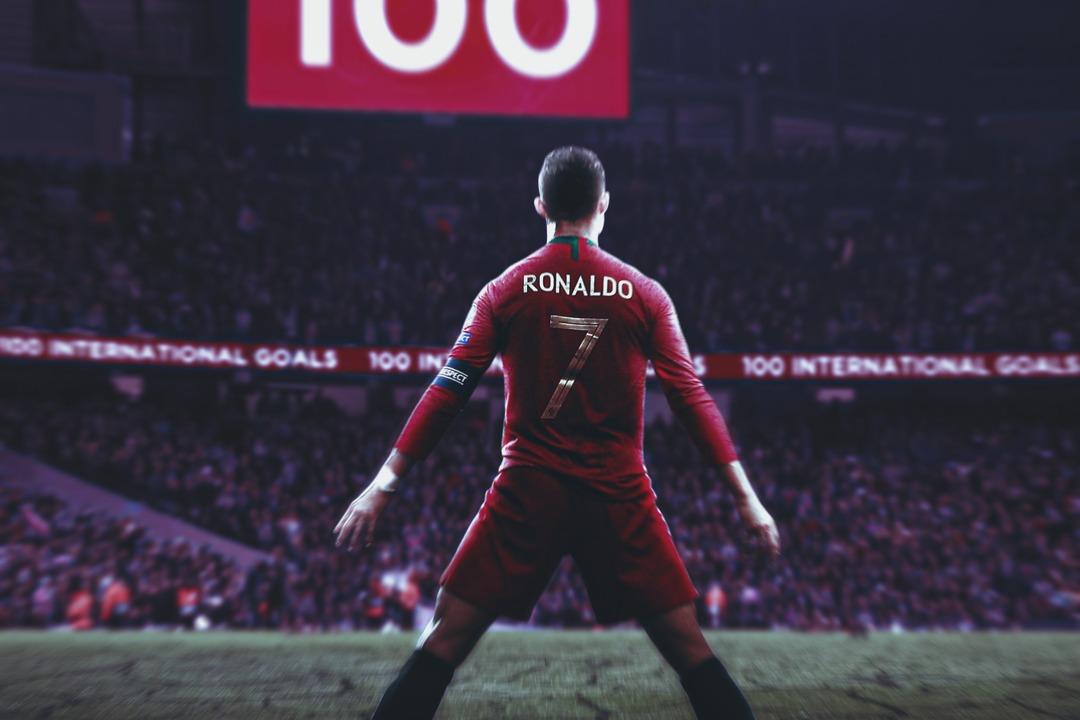 Криштиану Роналду забил 100 голов за сборную Португалии