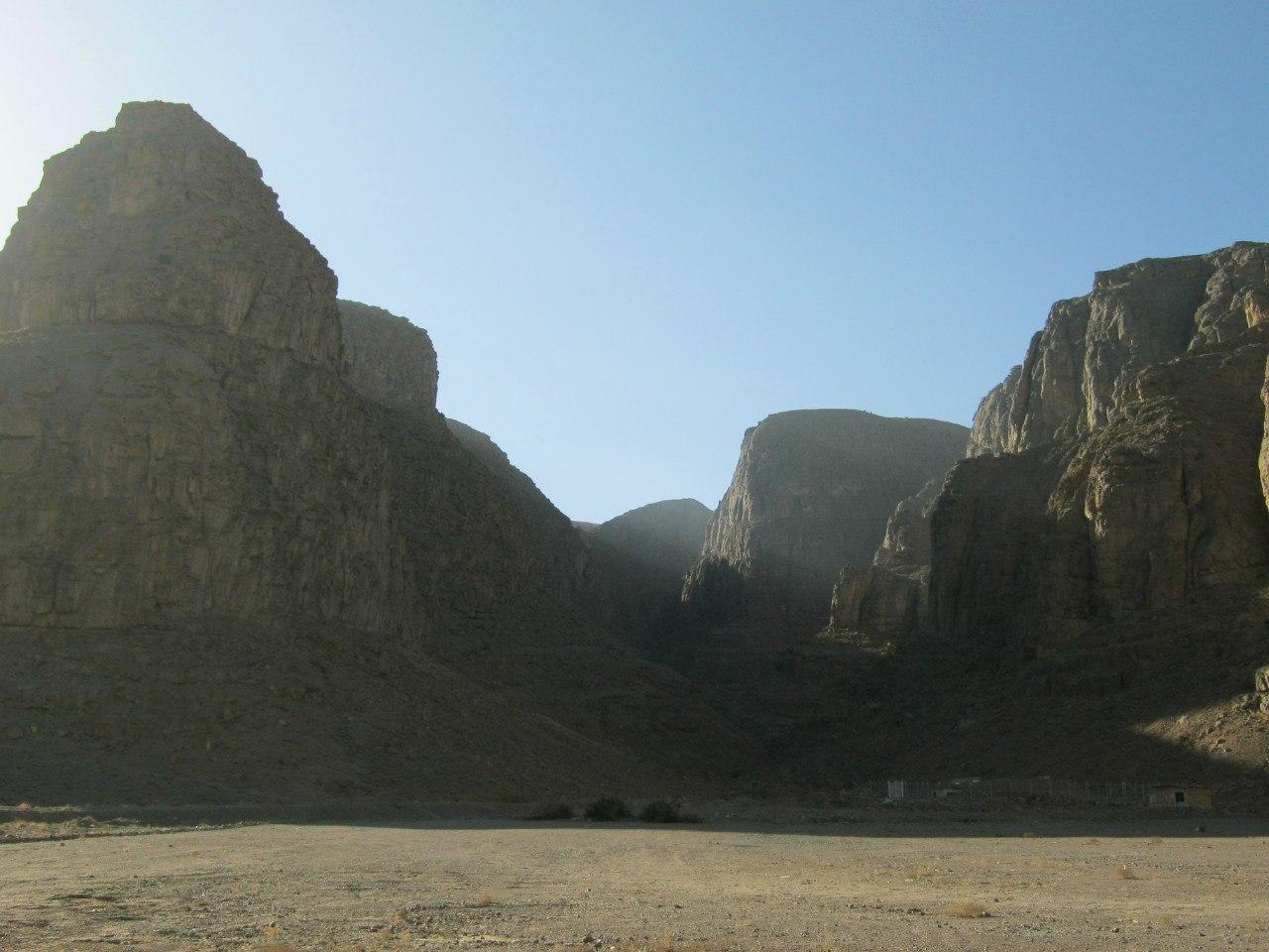 mountains nearby Qazd city