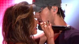 Enrique Iglesias, Nicole Scherzinger - Heartbeat (LIVE HD)