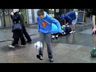 Irish Football Freestyle Meet 2011 Ft. Andrew Henderson