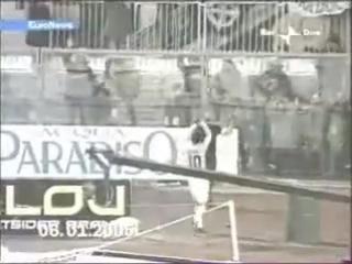Паоло Ди Канио кидает зигу =))