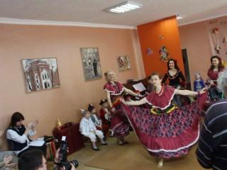 Цыганский танец мам)))