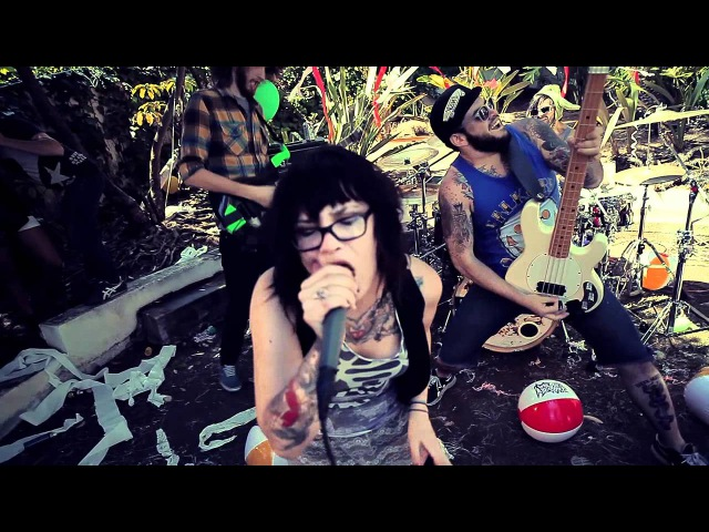 Iwrestledabearonce - You know that ain't them dogs' real voices (OFFICIAL VIDEO)