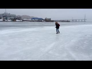 Коротко о том как я катаюсь по льду Х)
