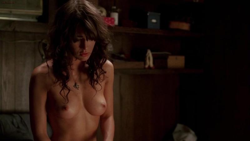 """Лиззи Каплан (Lizzy Caplan nude scenes in """"True Blood"""" s1e7 2008)"""