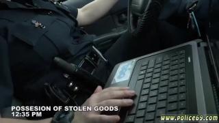 Ebony dp white cock xxx Black suspect taken on a raunchy ride / порно / секс / анал / sex / sex / сиськи / xxx
