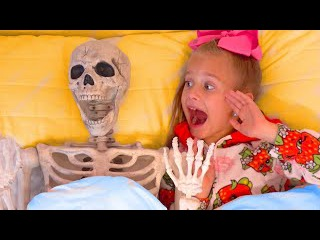 Bad Kids & Giant Skeleton! Johny Johny Yes Papa Song, Nursery Rhymes & Halloween Funny Prank