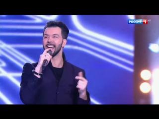 """Dенис Клявер - Твои руки (""""Субботний вечер"""". Эфир от )"""