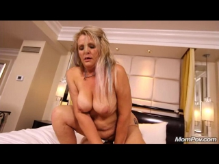 amateur milf exploring sexually