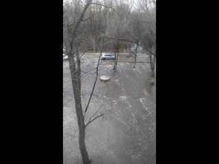 Второй день потопа в Энгельсе, Сар. область, поселок металлоконструкций
