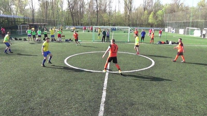 Никос vs ФК Металлист-Киев
