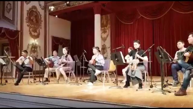 Ансамбль сарытауқұм