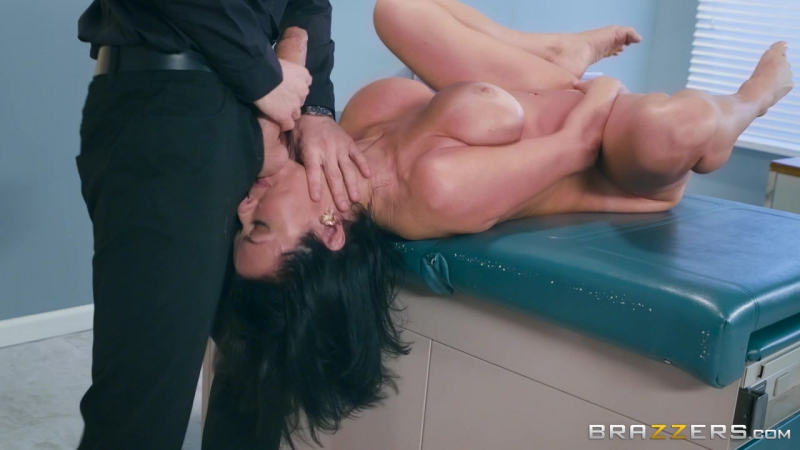 Veronica Avluv (Mom Visits Doc /  Brazzers  Big Dick Worship,Big Tits,Big Tits Worship,Brunette,Cheating,Couples Fant