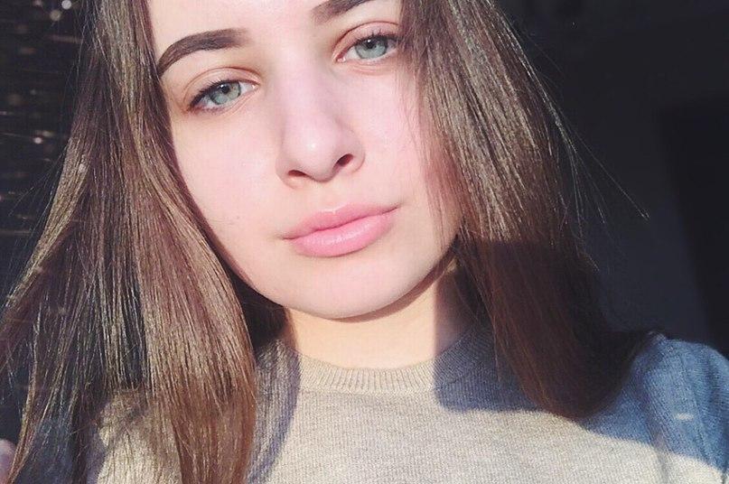Катя Карпова Слив