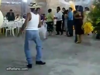 Мексиканские пацаны на дискотеке...)))))))))))))))