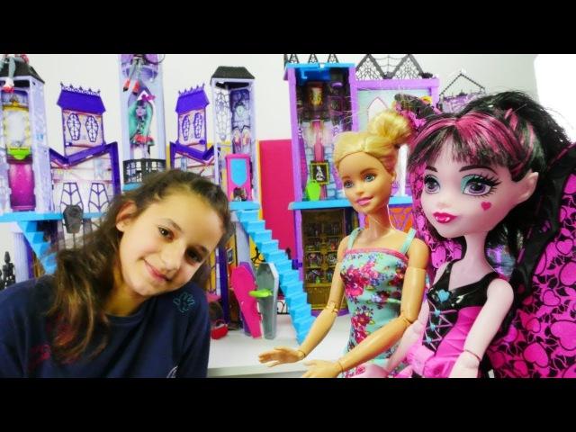 Eğlencelioyunlar Barbie ve MonsterHigh MACERALARI oyuncakbebek videolar