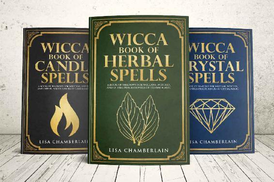 Wicca Spellbook Starter Kit - Lisa Chamberlain