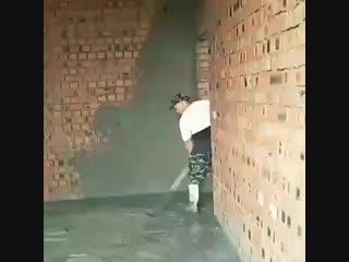 У меня также походу квартиру штукатурили, все стены кривущие были#128518