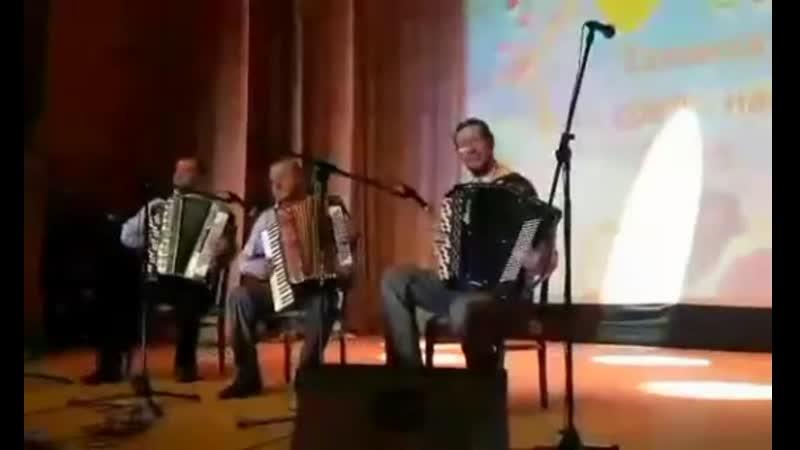 Апрацоўка на матывы беларускіх народных песень і танцаў