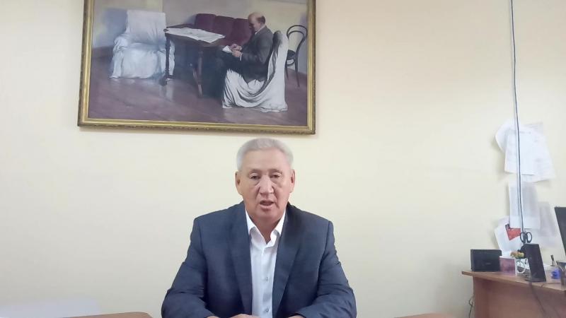 Михаил Санников Мэҥэ Хаҥаластарга ыҥырыыта. 1 видео. 2018 сыл атырдьах ый.