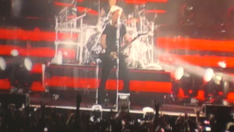 Nickelback - 01. Intro - This Means War (Live In Moscow 25.10.2012)