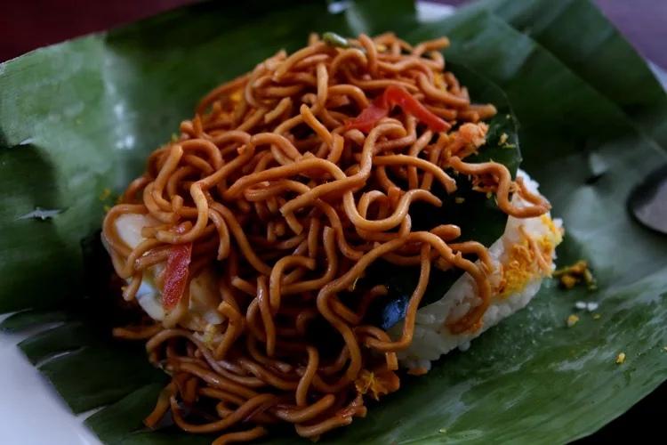 Уличная еда на Бали