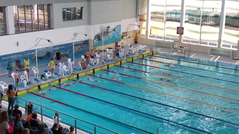 Соревнования по плаванию Мастерс, 200 к/пл. Тренер по 1 дорожке