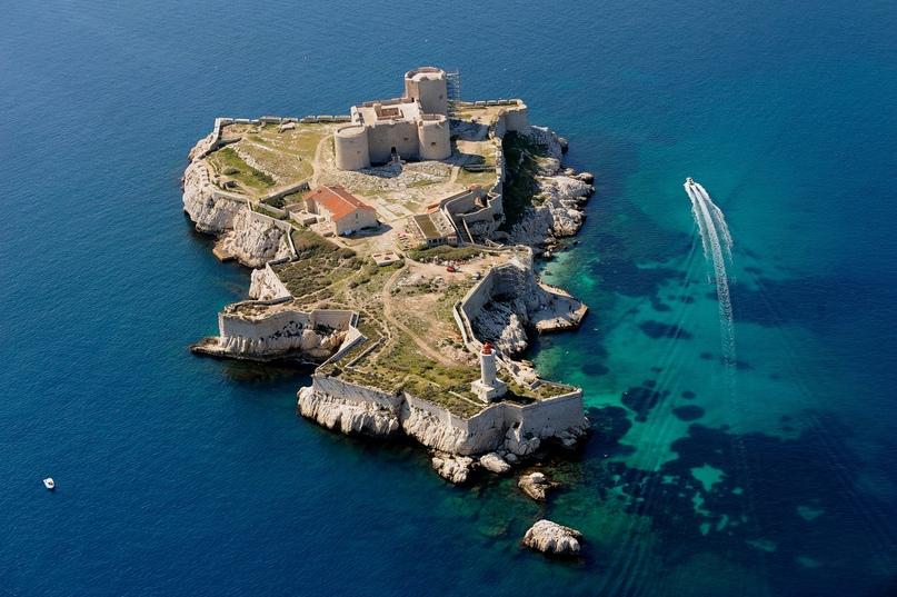 Тайна острова Монтекристо