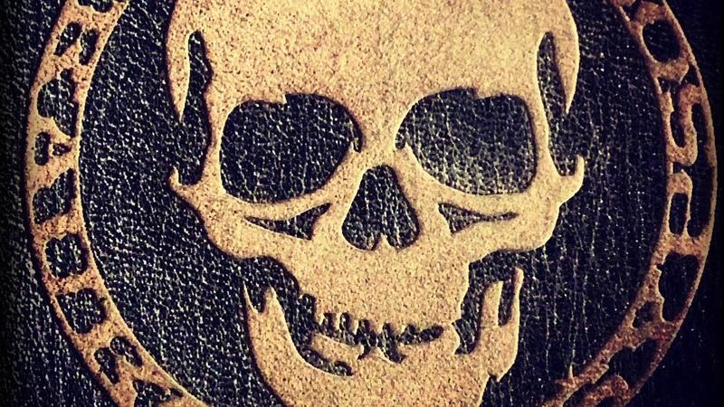 Svaras - Visos Kaukolės Šypsosi