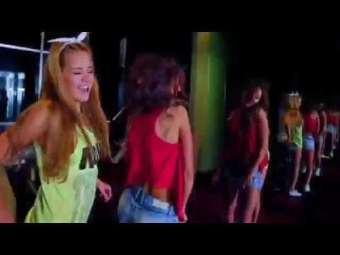 2Маши - Мама, я танцую (music video)