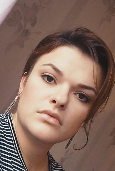 Лора Захарова