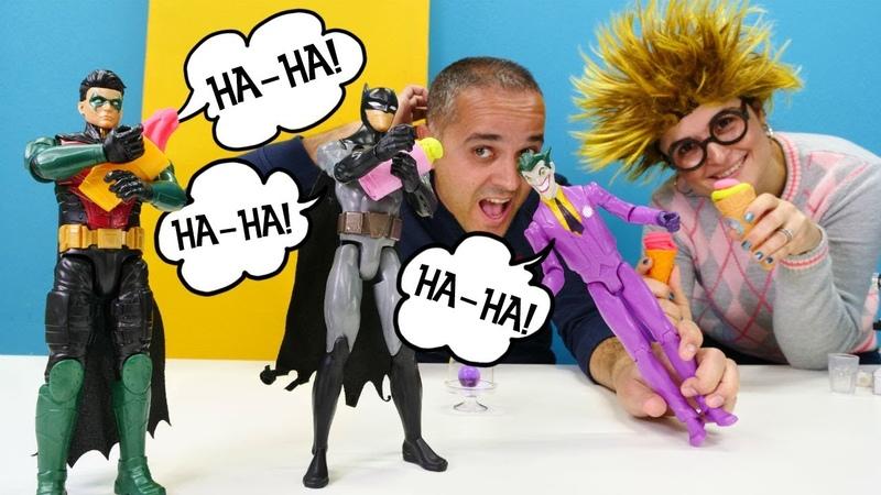 Batman ve Robin gülme krizine giriyorlar Play Doh dondurma dükkanı Hamur oyunu