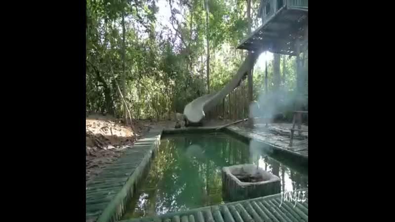 Аттракцион - водная горка и бассейн из бамбука - vk.com/cottagers