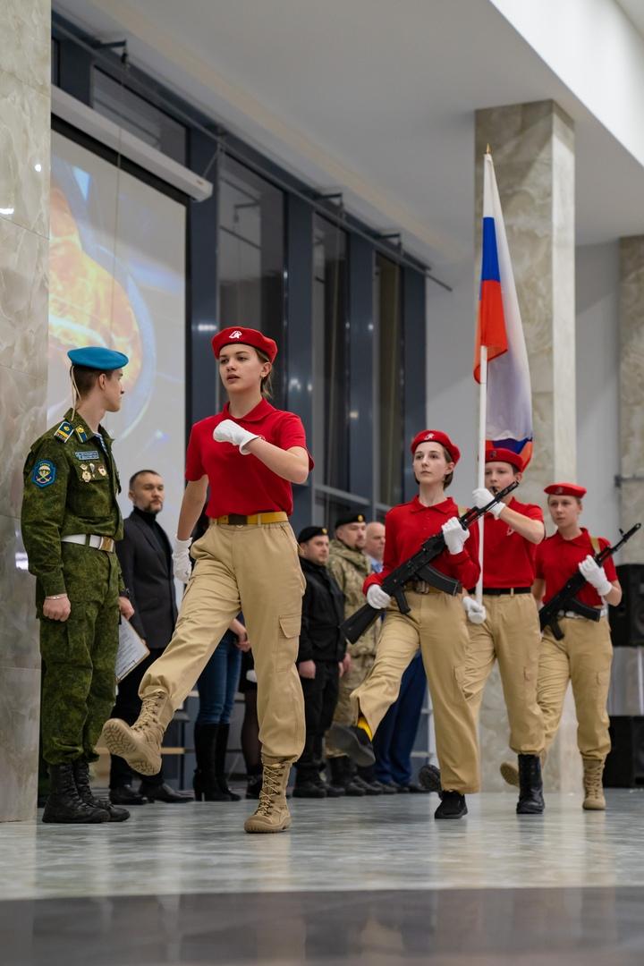 Российская «Юнармия»: равнение на советскую «Молодую гвардию», изображение №9