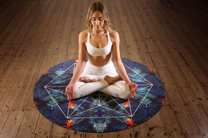 Йога и медитация включают сознательный характер дыхания.