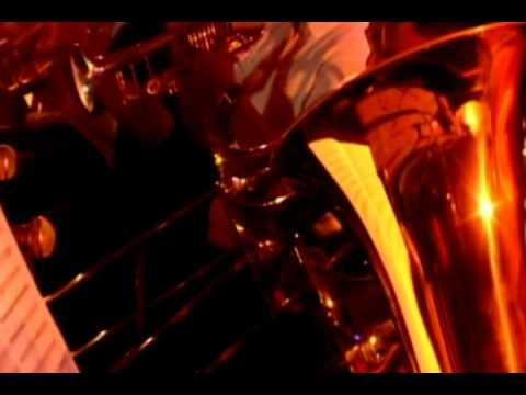Filharmonika Plays Chiksilog by Kamikazee